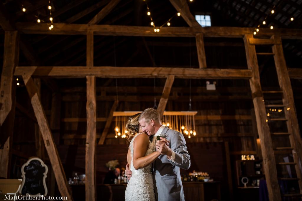 olde homestead barn wedding