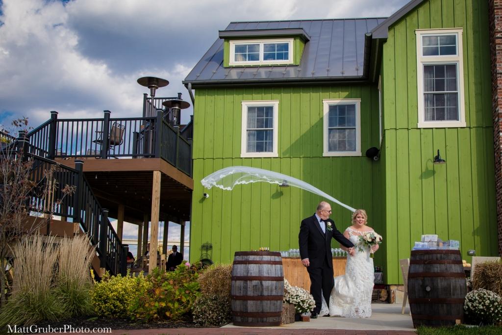 thousand acre farm wedding