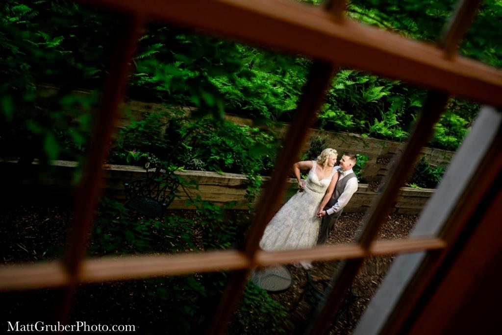 the washington at historical yellow springs wedding