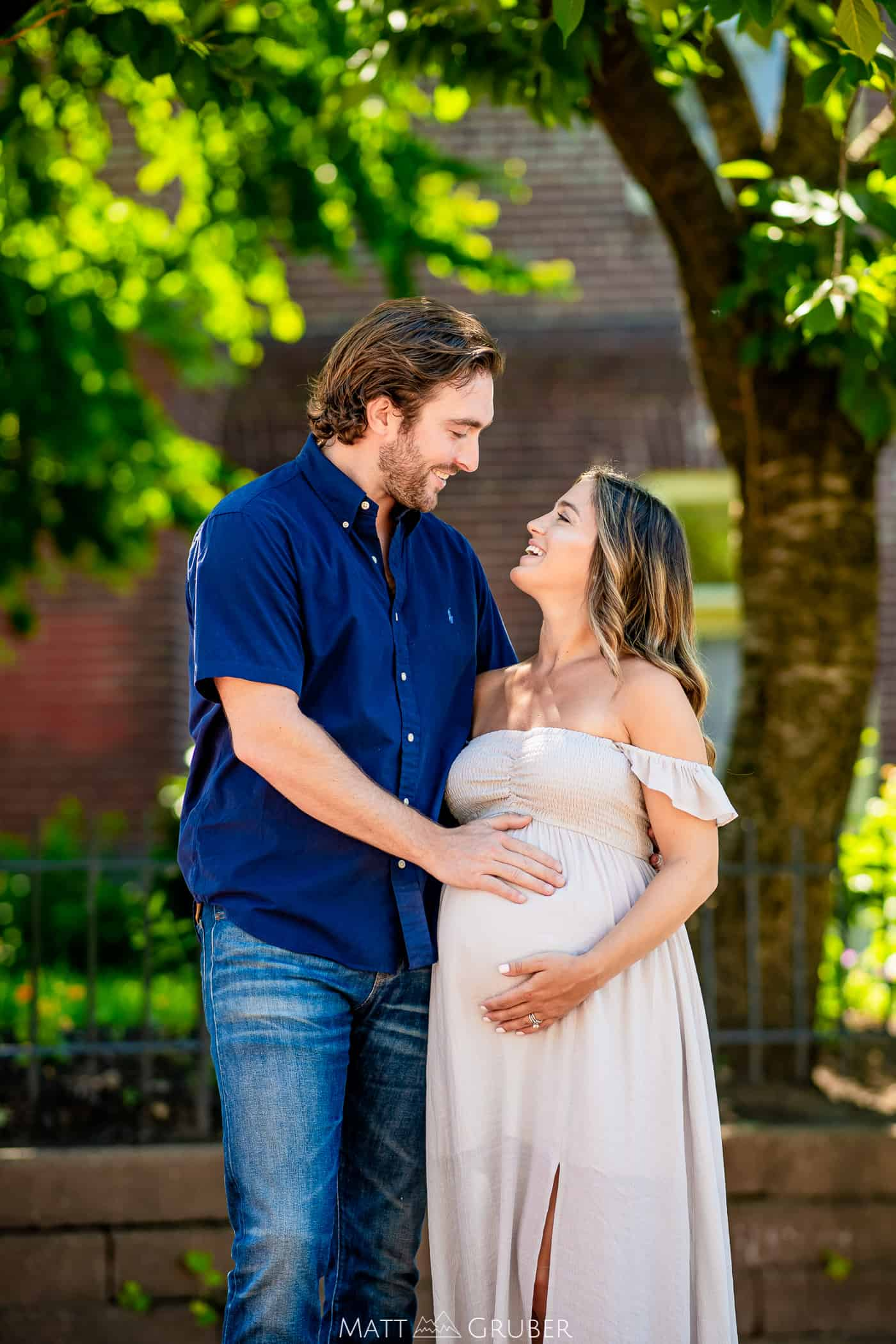 Maternity Session in Manayunk