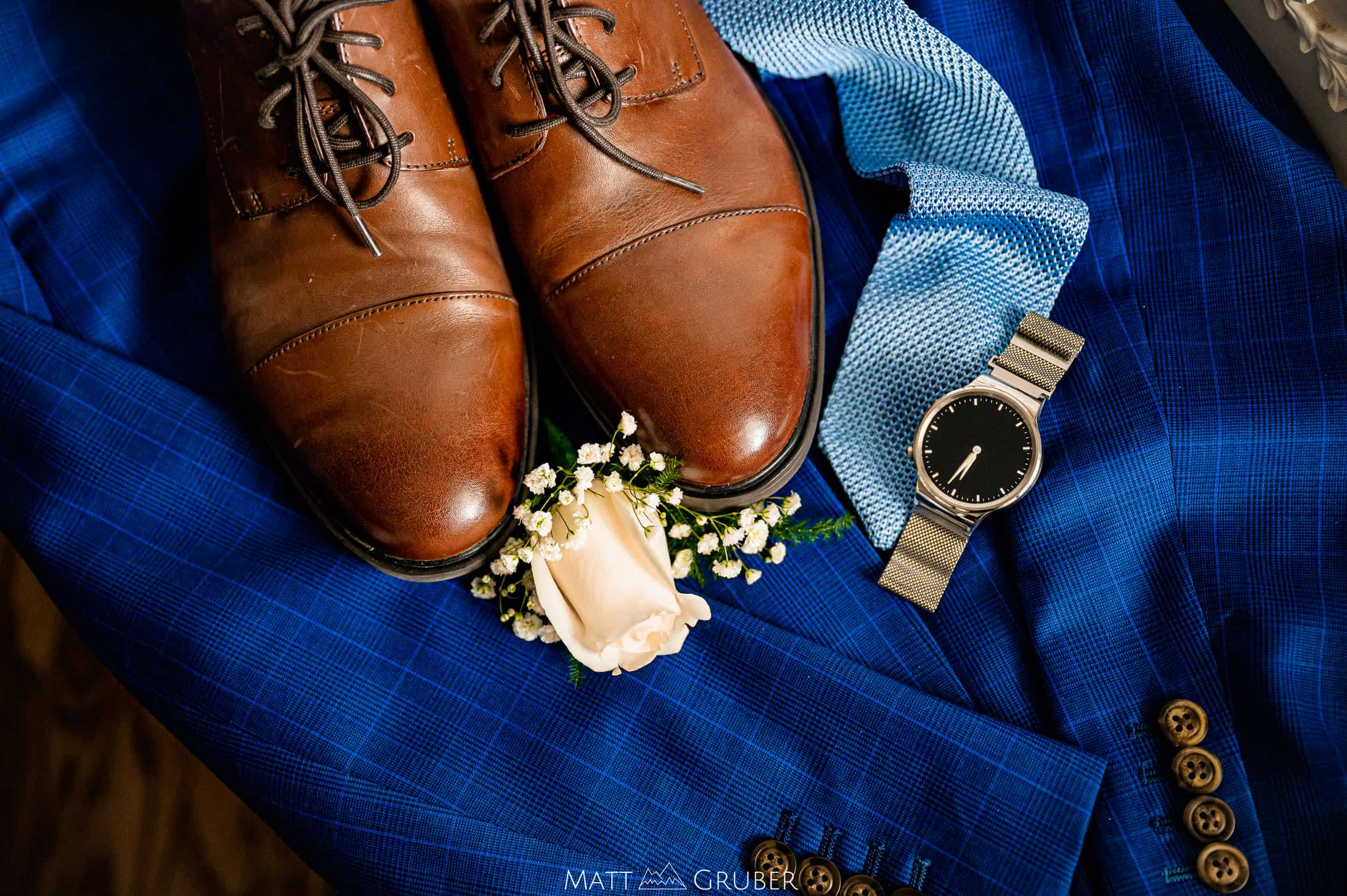groom details at Springfield country club