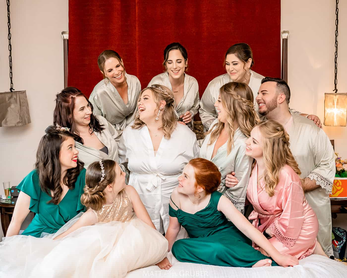 Bridal party at chestnut hill hotel