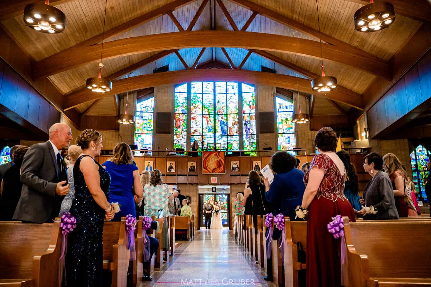 bride and father entering st Pius x church in Broomall